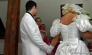 Fcs bridal group sex