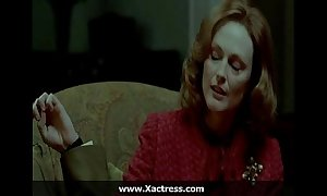 Julianne moore be passed on dominating maw
