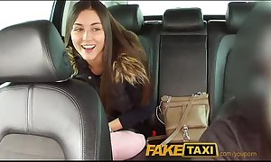Faketaxi unconforming hd handy fake69.com