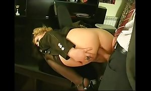 Anal insertion give a difficulty office
