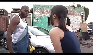 Aoi Shirosaki BBC threesome carwash