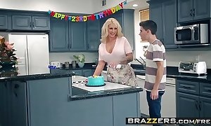 Brazzers - Mommy Got Boobs -  My Friends Fucked My Jocular mater chapter leading role Ryan Conner, Jordi El Ni&_ntild