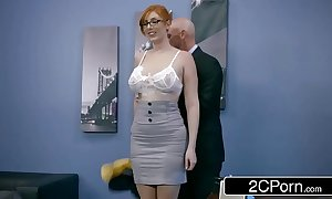 Ginger Bimbo Lauren Phillips Acquires Pounded Ripening