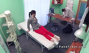 Chunky irritant patient banging doctors locate