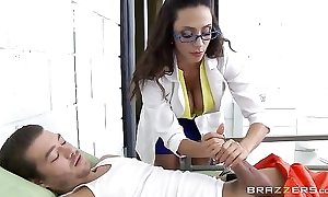 Pulchritudinous latin chick in glasses serves Xander's obese load of shit