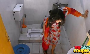 Bhabhi sonia strips added to shows her crown to the fullest bathing