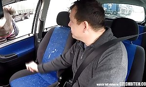 Real czech prostitute takes money for auto sex