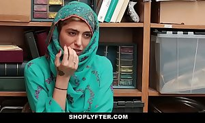 Shoplyfter- hot muslim legal age teenager throw a monkey wrench into the machinery & harassed