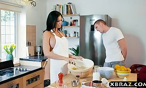 Cooking milf jasmine jae bakes a cake while coarse screwed